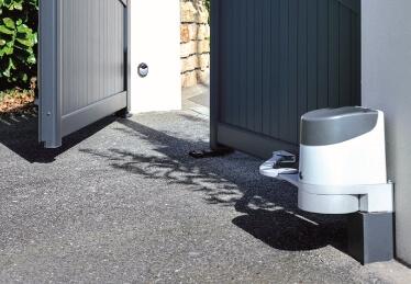 Automatisme et motorisation de portail battant résidentiel et porte de garage