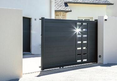 Automatisme et motorisation pour portail coulissant résidentiel et porte de garage