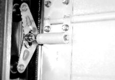 Porte de garage Bas Rhin sectionnelle motorisée avec portillon