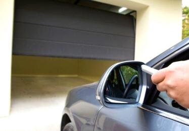 Porte de garage Bas Rhin sectionnelle motorisée