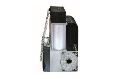 Réparation de porte de garage électrique sectionnelle et basculante industrielle